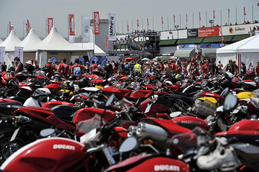 מדהים מפגשי אופנועים – מיצו בדרכים LK-01